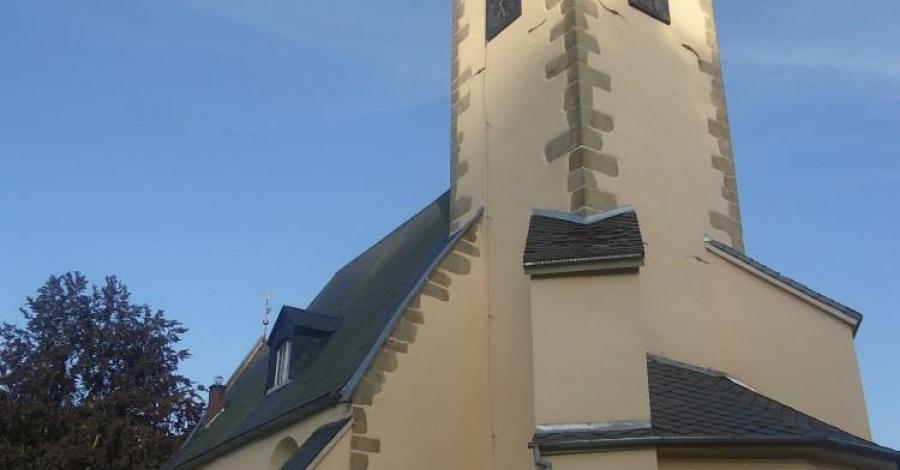 Kościół w Staniszowie - zdjęcie