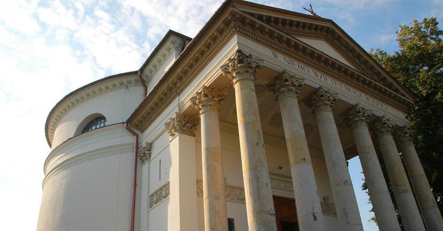 Kościół Wniebowzięcia NMP w Puławach - zdjęcie