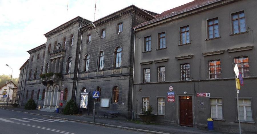 Pałac Hohenzollernów w Lwówku Śląskim, Ela