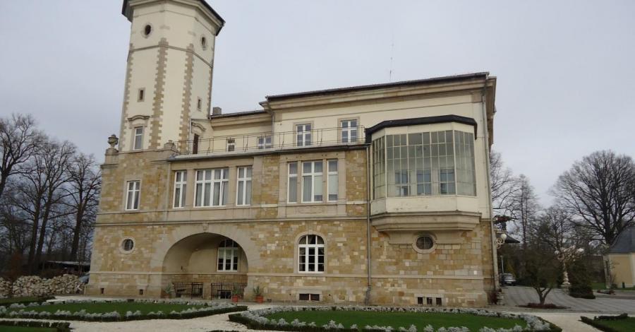 Pałac w Brunowie, Ela
