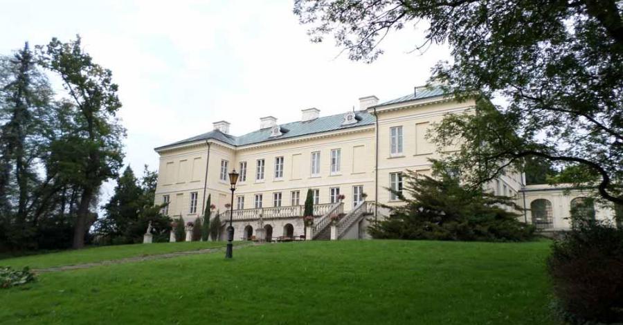 Pałac w Walewicach - zdjęcie