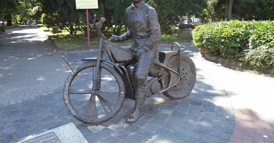 Pomnik Edwarda Jancarza w Gorzowie - zdjęcie