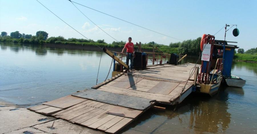 Przeprawa promowa w Baranowie Sandomierskim - zdjęcie