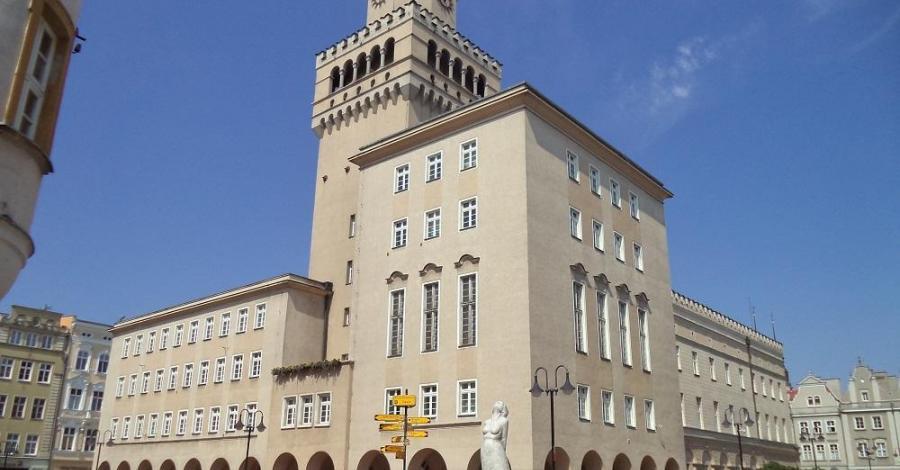 Ratusz w Opolu - zdjęcie