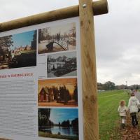 Park w Świerklańcu nowe tablice