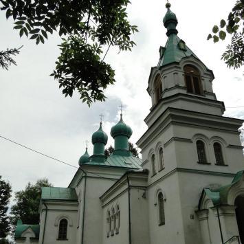 Cerkiew Św. Kosmy i Damiana w Rybołach - zdjęcie