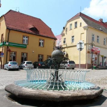 Fontanna w Otmuchowie