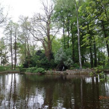 Park pałacowy w Chludowie