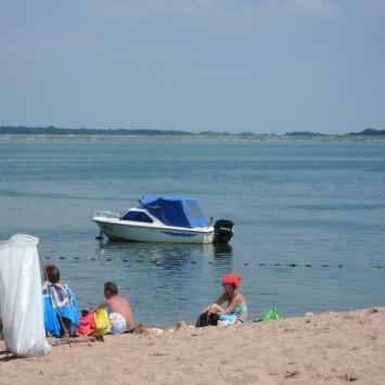 Plaża nad Jeziorem Otmuchowskim