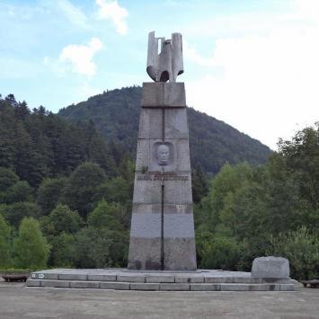 Pomnik Świerczewskiego w Jabłonkach
