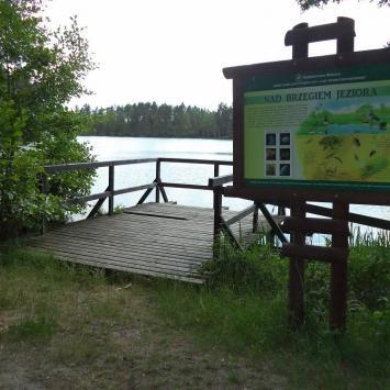 Ścieżka Nad jeziorem w Korzybiu