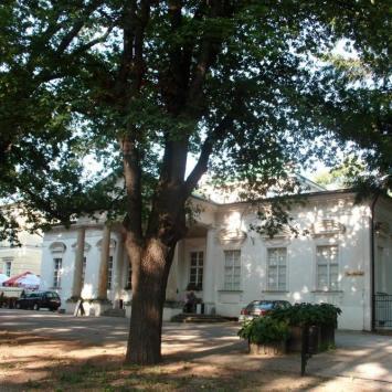 Budynek Teatru Zdrojowego w Cieplicach Zdroju
