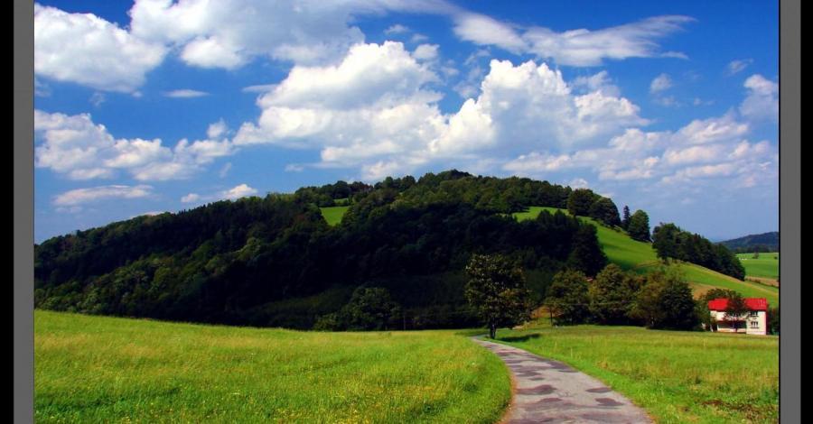 Pogórze Cieszyńskie/Beskid Śląski : Cz.1 Szlak czarny Goleszów przez Tuł 621m - Mała Czantoria 866m - zdjęcie