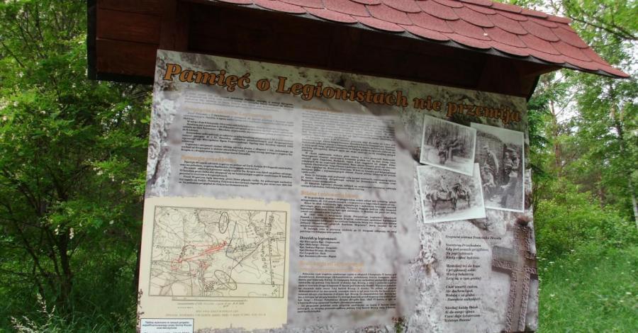 Miejsce Pamięci w Bydlinie - zdjęcie
