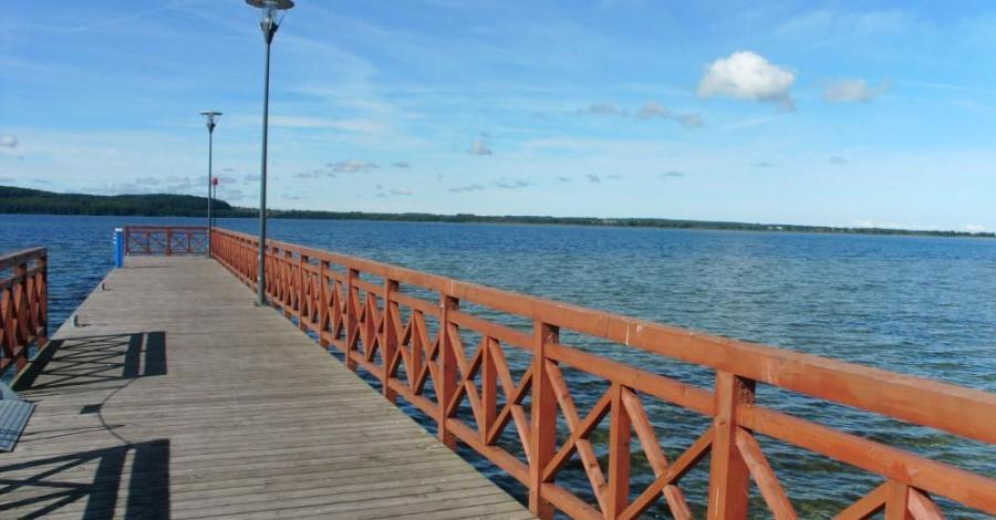 Molo na Jeziorze Żarnowieckim - zdjęcie