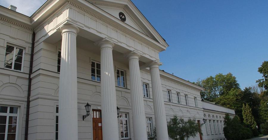 Pałac w Dęblinie - zdjęcie
