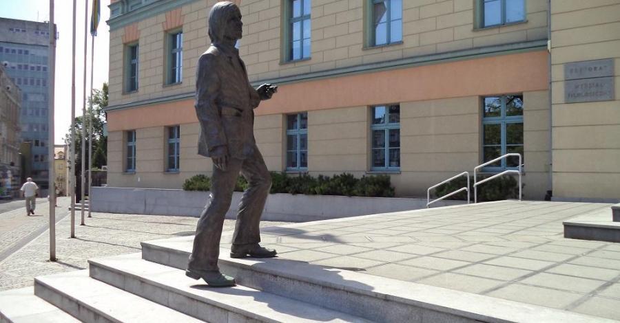 Pomnik Jonasza Kofty w Opolu - zdjęcie