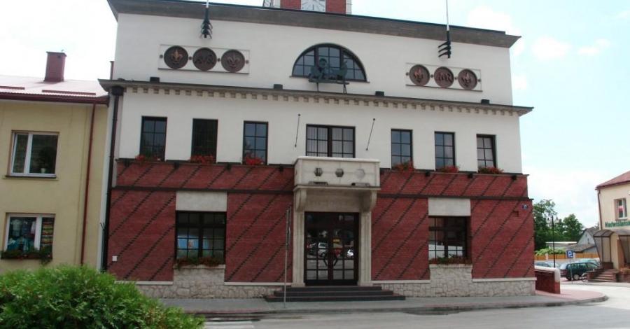 Ratusz w Pacanowie - zdjęcie