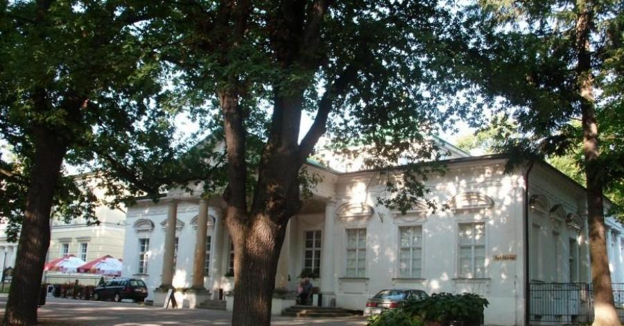 Budynek Teatru Zdrojowego w Cieplicach Zdroju - zdjęcie