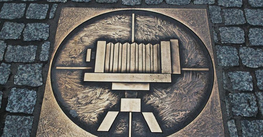 Herby cechów w Piotrkowie Trybunalskim - zdjęcie