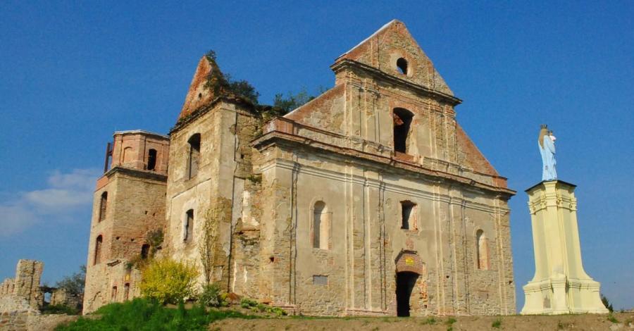 Ruiny klasztoru w Zagórzu - zdjęcie