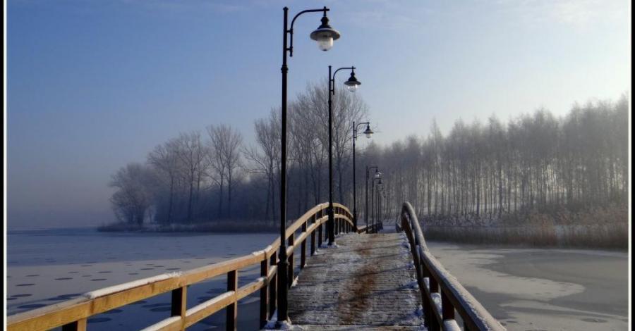 Pomost nad Jeziorem Chełmżyńskim - zdjęcie