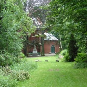 Kościół w Lasku Złotogłowickim