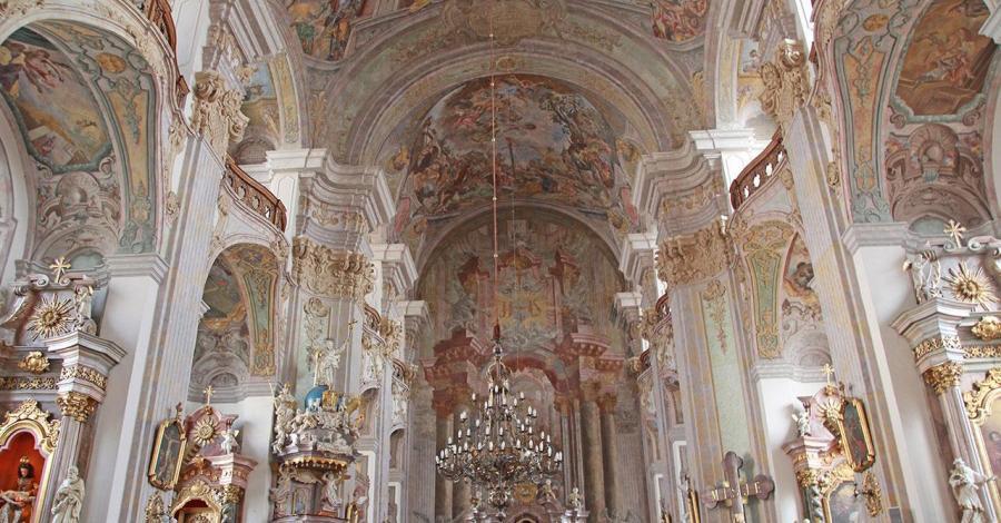 Kościół Podwyższenia Krzyża Świętego w Brzegu - zdjęcie