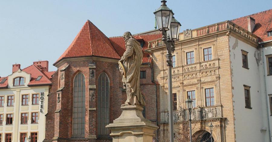 Zamek w Brzegu - zdjęcie