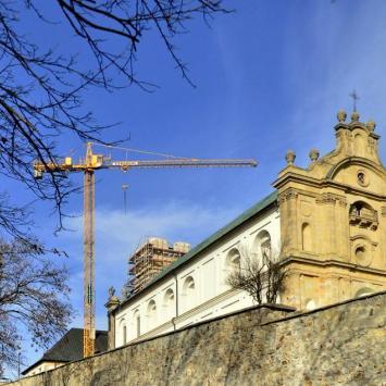 Obbudowa więży KLasztoru na Św Krzyżu, gustaw5 gustaw525@wp.pl