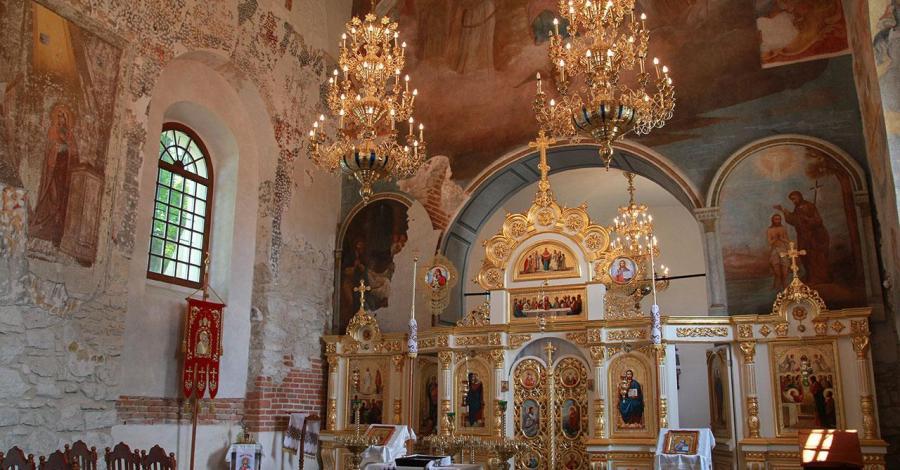 Piękne wnętrze cerkwi, Anna Piernikarczyk