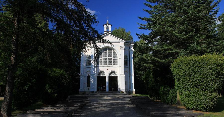 Sanktuarium w Studzienicznej - zdjęcie