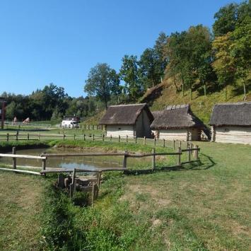Skansen Archeologiczny Karpacka Troja w Trzcinicy