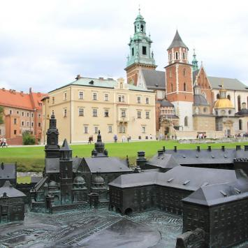 Wawel w Krakowie, Anna Piernikarczyk