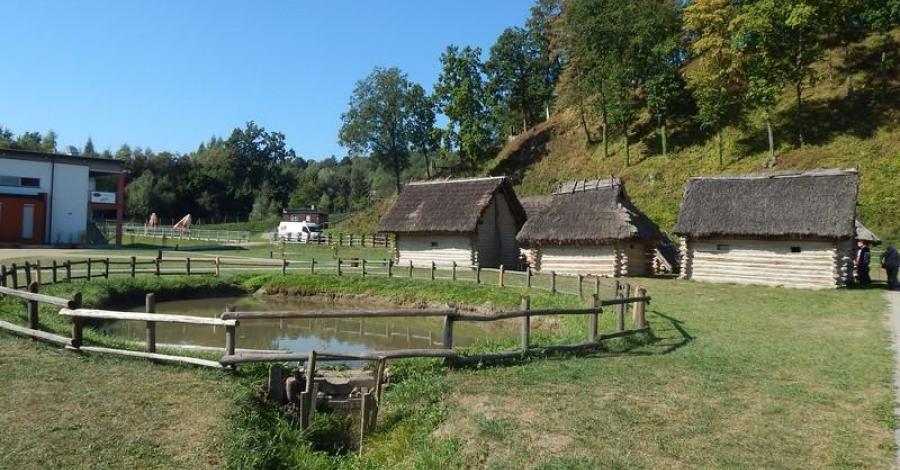 Skansen Archeologiczny Karpacka Troja w Trzcinicy - zdjęcie