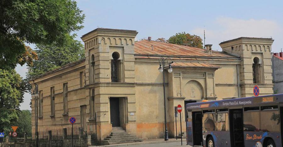 Synagoga w Nowym Sączu - zdjęcie