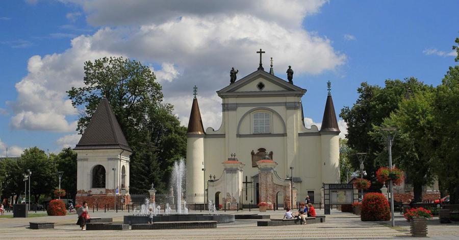 Bazylika w Węgrowie - zdjęcie