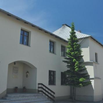 Klasztor Bernardynek w Chęcinach
