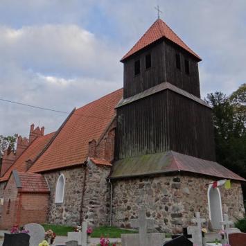 Kościół w Trzebczu Szlacheckim