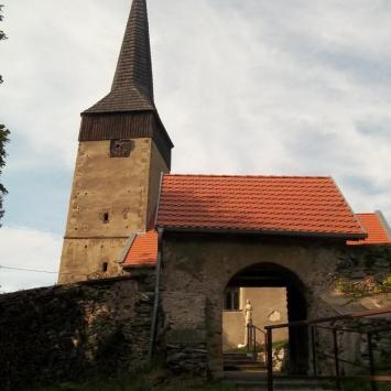 Kościół Św. Jadwigi w Chrośnicy
