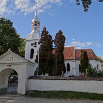 Kościół w Ostromecku - zdjęcie