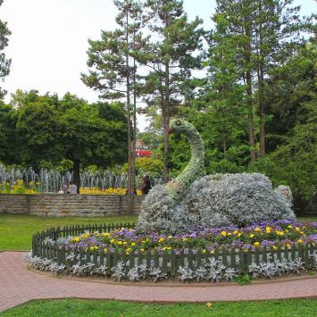 Kwiatowe rzeźby w Krynicy Zdroju