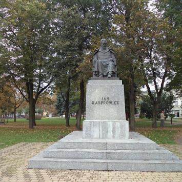 Pomnik Jana Kasprowicza w Inowrocławiu