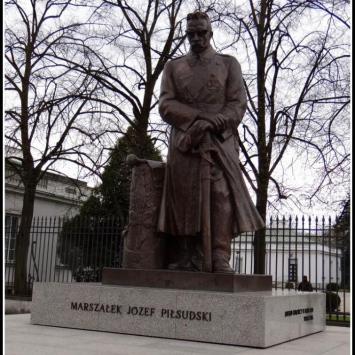 Pomnik Piłsudskiego w Warszawie