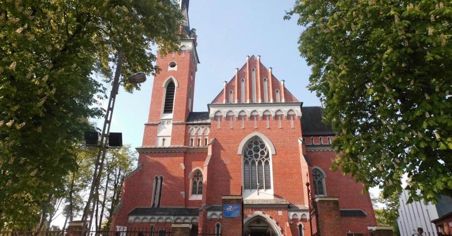 Kościół Św. Wojciecha w Wąwolnicy - zdjęcie