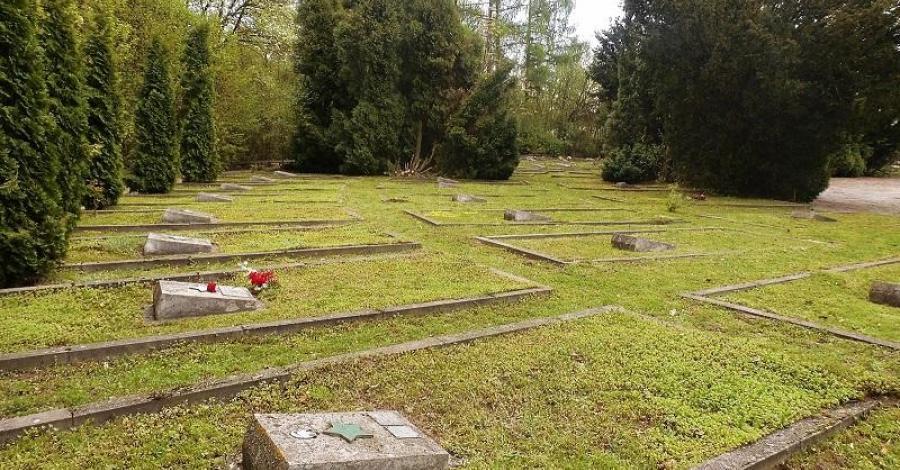 Cmentarz Radziecki w Kazimierzu Dolnym - zdjęcie