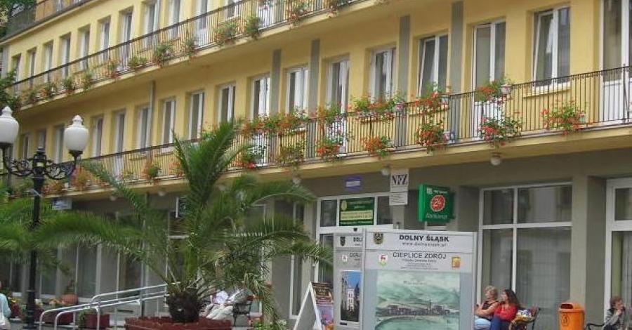 Dom Zdrojowy w Cieplicach - zdjęcie