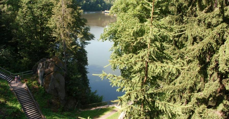 Jezioro Modre w Siedlęcinie - zdjęcie
