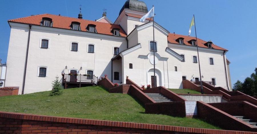 Klasztor Kamedułów w Wigrach - zdjęcie