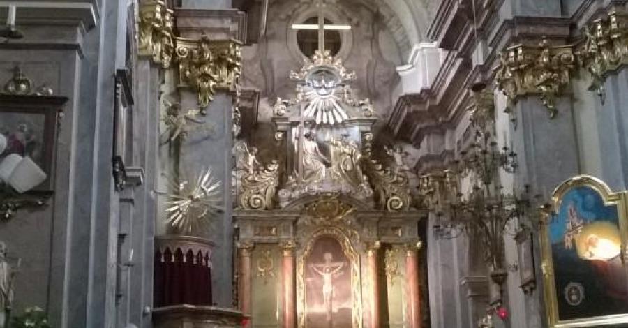 Kościół bonifratrów w Krakowie, Lucy i Tom